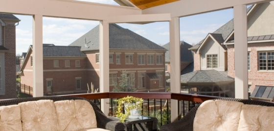 clipped_corners_on_screen_porch_panoramic_view