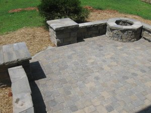 Archadeck of Maryland fire pit seating wall